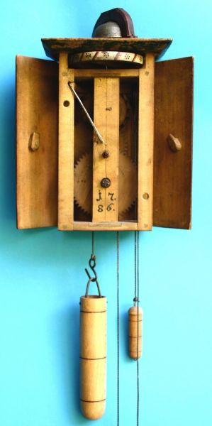 gosauer holzr deruhr mit radunrast antike uhren d tsch. Black Bedroom Furniture Sets. Home Design Ideas